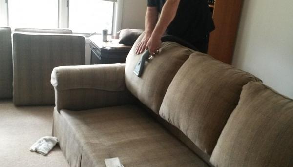 Limpeza, Higienização e Impermeabilização de Almofadas