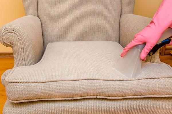 Limpeza, Higienização e Impermeabilização de Poltronas